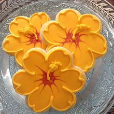 Discover recipes, home ideas, style inspiration and other ideas to try. Hawaiian Cookies, Luau Cookies, Summer Cookies, Fancy Cookies, Cut Out Cookies, Cupcake Cookies, Cupcakes, Pineapple Cookies, Flower Sugar Cookies