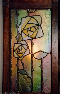 Mahogany and leaded glass wall sconce with Mackintosh rose: Hamm Glass Studios Stained Glass Flowers, Faux Stained Glass, Stained Glass Designs, Stained Glass Panels, Stained Glass Projects, Stained Glass Patterns, Leaded Glass, Mosaic Glass, William Morris