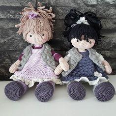 Mia & Ella