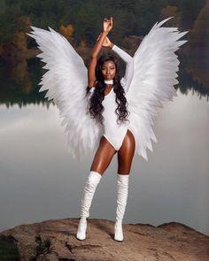 Angel Wings Costume, Cosplay Wings, Black Angel Costume, Tumi, Angel Halloween Costumes, Halloween Wings, Halloween Outfits, Halloween Party, Celine