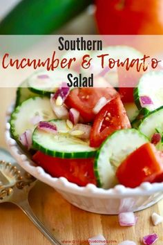 Tomato Recipes Easy Southern Cucumber and Tomato Salad is a classic southern salad full of fresh, healthy summer cucumbers and tomatoes which have been marinated in a simple, luscious vinegar-based salad dressing! Get the easy recipe today! Southern Salad, Southern Recipes, Cucumber Tomato Salad, Onion Salad, Low Carb Appetizers, Appetizer Recipes, Recipes Dinner, Best Salad Recipes, Healthy Recipes