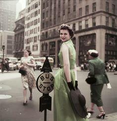 Fifth Avenue, New York, 1952 Gorgeous photo by Arthur Rothstein