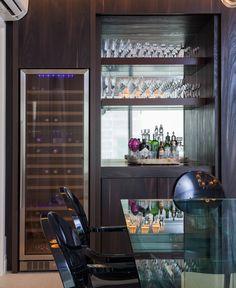 Menos paredes, mais design. Veja: http://www.casadevalentina.com.br/projetos/detalhes/paredes-a-menos,-design-a-mais-556 #details #interior #design #decoracao #detalhes #decor #home #casa #design #idea #ideia #charm #charme #casadevalentina #diningroom #saladejantar