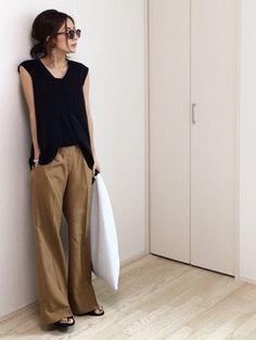 RIM.ARKのパンツ「CURVE FLAP STRAIGHT PT」を使ったmayumiのコーディネートです。WEARはモデル・俳優・ショップスタッフなどの着こなしをチェックできるファッションコーディネートサイトです。