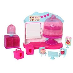 Display and play your Shopkins with this cute Cupcake Cafe! http://www.mastermindtoys.com/Shopkins-Cupcake-Queen-Cafe-Playset.aspx