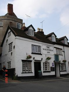 Wheatsheaf Inn near the centre of Ludlow:  Shropshire