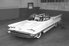 Lincoln Futura. (Photos courtesy of Ford and Toy Car Exchange LLC.)