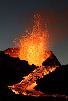 lava definition: The definition of lava is hot, molten rock. (noun) Hot molten rock that spews from a volcano is an example of lava. Natural Phenomena, Natural Disasters, Volcan Eruption, Fuerza Natural, Erupting Volcano, Lava Flow, Science And Nature, Natural Wonders, Amazing Nature