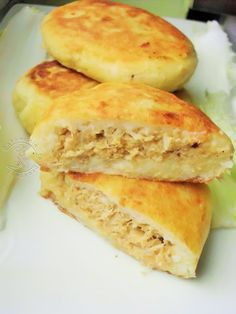 B Food, Flat Belly, Food And Drink, Cooking, Ethnic Recipes, Pierogi, Dish, Biscuits, Recipies