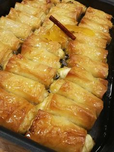 Greek Sweets, Greek Desserts, Greek Recipes, Sweets Recipes, Candy Recipes, Cooking Recipes, Eat Greek, Greek Cooking, Anna