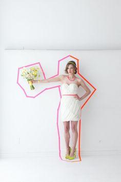Bruid met neon details ThePerfectWedding.nl