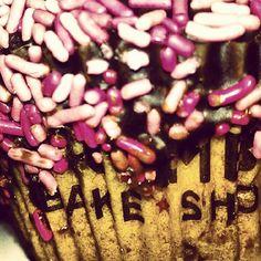 Chocolate & Sprinkles  #cupcakes
