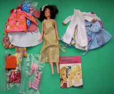 Palitoy Tressie Doll with Outfits, accessories, Bags and Booklet. AS FOUND | 156+4.25