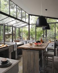 Let the light into your kitchen by decor