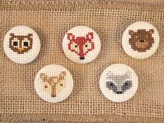 Forest animal badge - Cross-stitch embroidered pinback button for kids, women or men - choose one