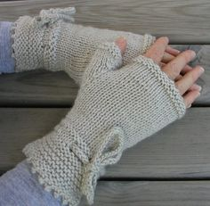 """Piano Gloves Pattern Fingerless Gloves New to knitting? Not yet comfortable knitting in the round on double pointed needles? Inspired by the film, """"The Piano"""", these fingerless gloves are knitted """"flat"""" on straight needles. Knitting Basics, Double Knitting, Hand Knitting, Fingerless Gloves Knitted, Knit Mittens, Casting Off Knitting, Crochet Pony, Hand Gloves, Baby Knitting Patterns"""