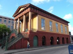Confederate Museum (188 Meeting St.) Admission :$5 adults; $3 ages 6-12; age 6 & younger admitted free Days and Hours of Operation : City Market - daily; Museum Tues.-Sat. 11am-3:30pm