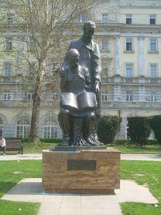 Споменик Ћирилу и Методију у Београду (2006), копија споменик из Охрида