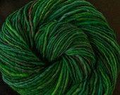 handspun yarn single-note singles falkland merino in Irish Morning 192 yds worsted 3.8 oz