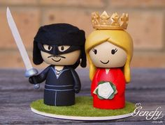 Awesomely geeky wedding topper! Princess Bride and the Dread Groom Pirate. Heeheehee.