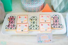 Jaime's Geometric Fox Themed Party – Sweets Geometric Fox, Party Themes, Party Ideas, Party Sweets, Birthday Ideas, Ideas Party