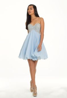 Short chiffon party dress, strapless sweetheart neckline with intricate beading and empire waist and pretty baby doll silhouette.Completes this dreamy style with a simply girly detail. Accessorize it with high heel platform sandals, long teardrop earrings, and a metallic box handbag.    •Paisley beaded bodice•Soft pleated skirt•Corset tie back