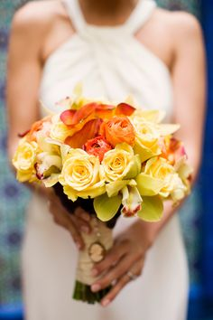 Citrus color bouquet: orange, yellow, green. Photo: Chelsea Elizabeth Photography