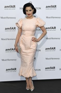 Dita Von Teese in Ulyana Sergeenko Couture at the amfAR dinner during Paris Couture Week. Joan Smalls, Fashion Weeks, Stylish Dresses, Cute Dresses, Dita Von Teese Style, Dita Von Tease, Fiestas Party, See Through Blouse, Lacy Bra