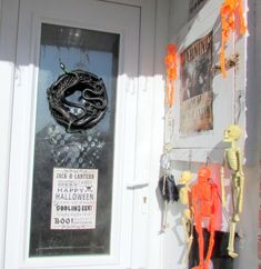 How to Make a Scary Halloween Wreath for Your Door. Do you want to make scary DIY Halloween decorations for your front yard? Here you'll find instructions with my own photos for making a creepy wreath for your front door to scare the kids on trick-or-treat night.