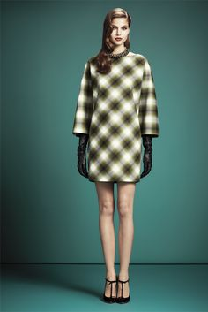 Gucci New York - Pre-Fall 2013 2014 - Shows - Vogue. Fall Winter Outfits, Autumn Winter Fashion, Autumn Fall, Fashion Week, Fashion Show, Review Fashion, Women's Fashion, Fashion Editorials, Runway Fashion
