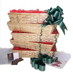 Christmas Gift Basket DIY Hamper Kit: The Large Beale Bumper Pack of 5 @ £26.5 Diy Gift Baskets, Gift Hampers, Christmas Hamper, Christmas Crafts, Christmas Greeting Cards, Christmas Greetings, All Things Christmas, Gift Wrapping, Diy Projects
