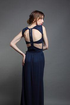Maxi Dress von Crme jetzt auf nelou.com shoppen. Und 8000 weitere Designs mehr. Designs, Budapest, Beautiful Things, Backless, Facebook, Formal Dresses, Black, Fashion, Dresses For Formal