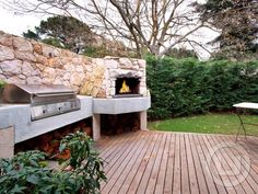 OMG... yes please! definitely want this in my outdoor entertainment area