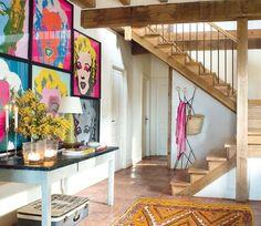 De la fusión de una arquitectura tradicional del norte de España y de una rehabilitación integral nace un interior con espacios abiertos y cálidos.