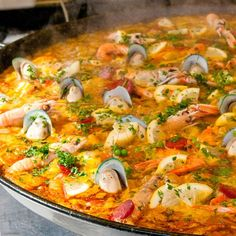 A delicious Spanish paella recipe filled with delicioius flavors for a meal your family will remember.