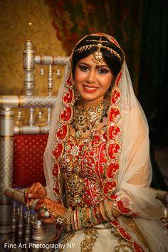 Bridal Portrait http://www.maharaniweddings.com/gallery/photo/34770