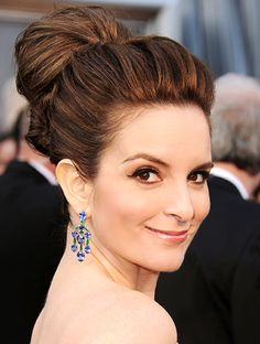Google Image Result for http://img2.timeinc.net/instyle/images/2012/WRN/022812-tina-fey-340.jpg