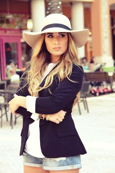 Rose Floppy Hat - Kittenish Collection I'm so in love with this hat!!