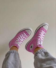 Dr Shoes, Swag Shoes, Hype Shoes, Me Too Shoes, 90s Nike Shoes, Pink Converse, Converse All Star, Cute Converse, Designer Shoes