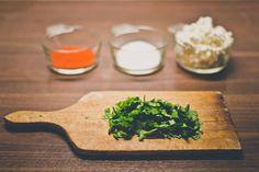 Tvarohová pomazánka s medvedím cesnakom Kitchen, Cucina, Cooking, Kitchens, Stove, Cuisine