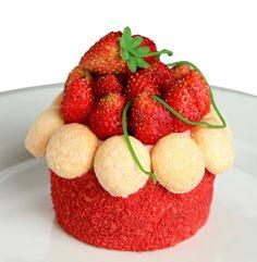 Cupcake by François Perret - Red Dragon cupcake - Shangri-La Hotel, Paris