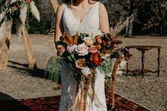 This bohemian outdoor wedding day in Fort Worth, Texas was absolutely STUNNING! Bohemian Wedding Decorations, Bohemian Wedding Dresses, Fall Wedding Dresses, Decor Wedding, Bohemian Bride, Outdoor Wedding Dress, Backless Wedding, Wedding Backyard, Beige Wedding