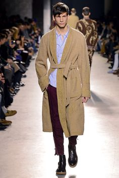 See the complete Dries Van Noten Fall 2013 Menswear collection.