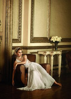 Natalie Portman in Vogue after the popularity of Black Swan. She is, perhaps, my favourite modern actress.