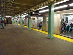 R160 (E) train