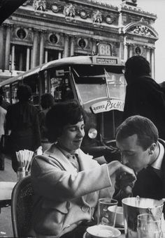 Les annees 60. Paris. Photo de Loomis Dean