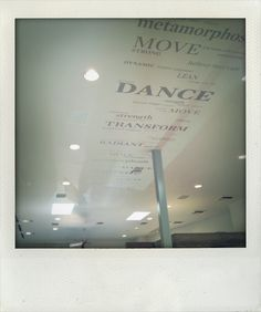 Finally someone is putting something inspiring on the ceiling (great idea for gyms and any doctor's office perhaps where you have to stare up at the ceiling)...Tracy Anderson's new fitness studio in Brentwood, CA