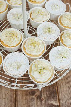 Elderflower Cupcakes & Apricot Madeleienes   foodistas.de