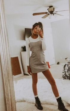 - casual fall outfit, spring outfit, summer, style, outfit i Sporty Outfits, Casual Fall Outfits, Mode Outfits, Girl Outfits, Hipster Fall Outfits, Boho Spring Outfits, 6th Form Outfits, Cute Travel Outfits, Spring Ootd