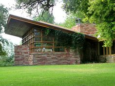 Frank Lloyd Wright. Best architect around.   Timeless beauty